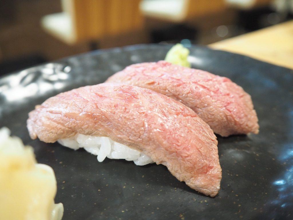 どてっぺん 石垣牛の炙り寿司