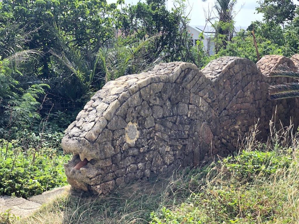 ウツボの石垣