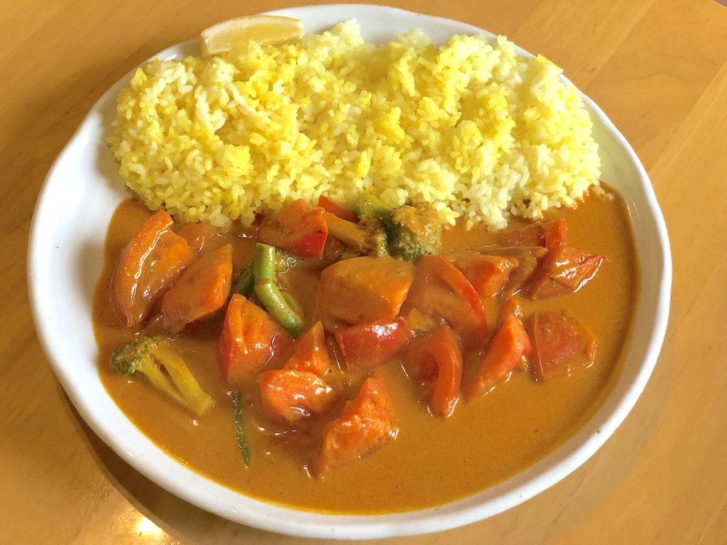 トマトのイエローカレー