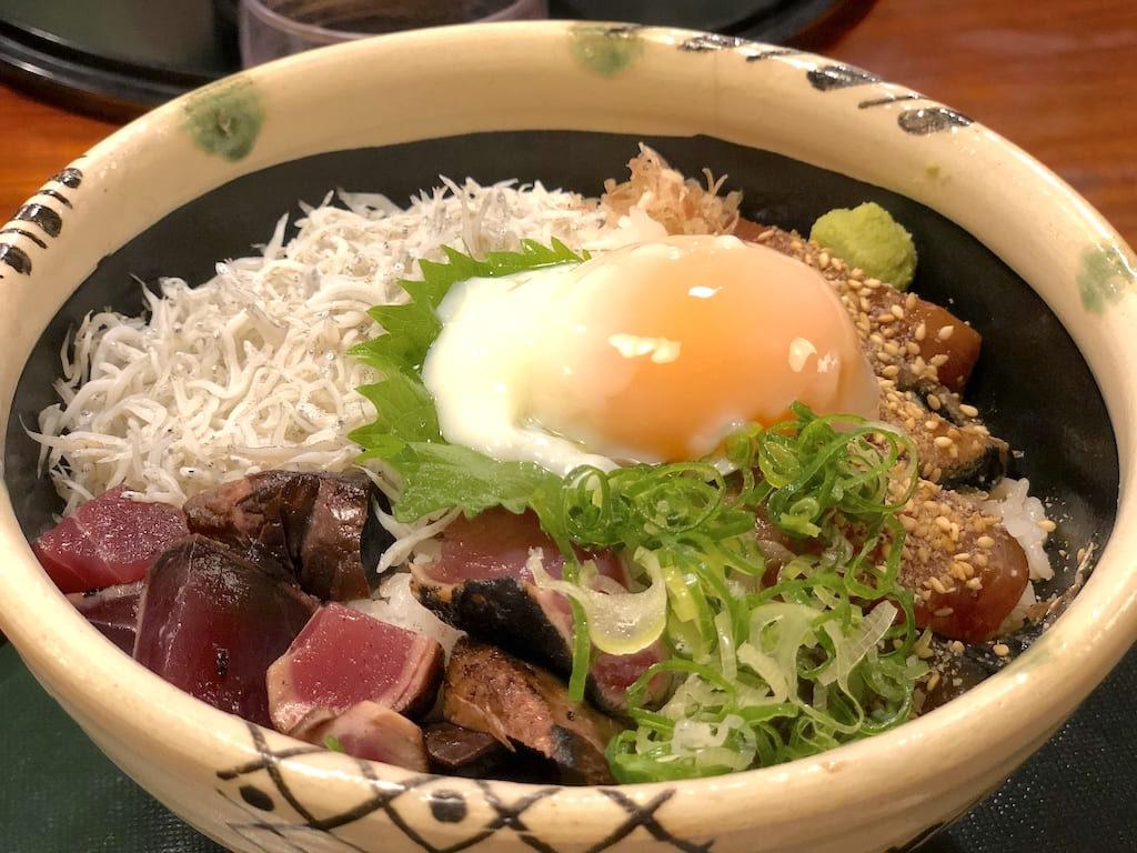 土佐海鮮三食丼