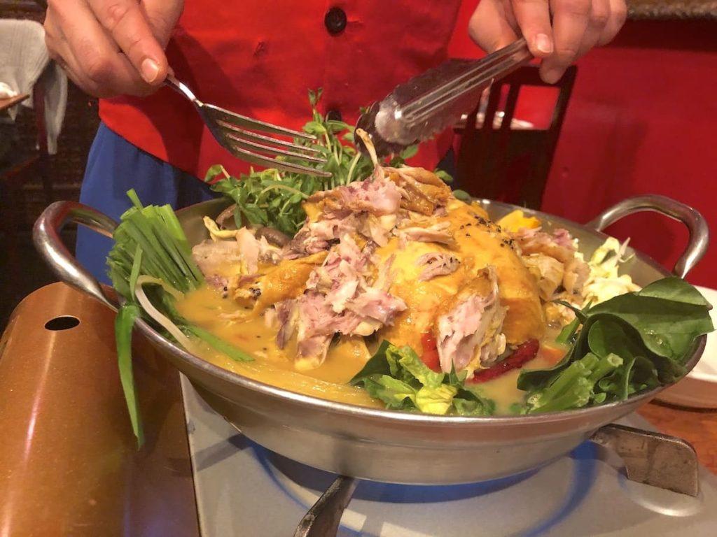 ヒマラヤ鍋 スタッフさんによる調理