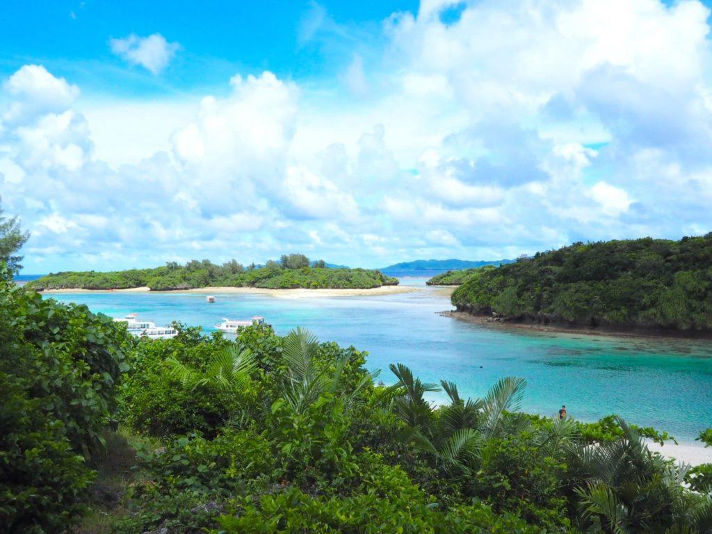 川平湾 展望台からの景色