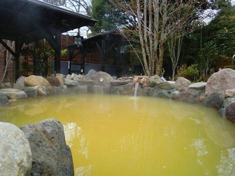 杉戸温泉 岩風呂