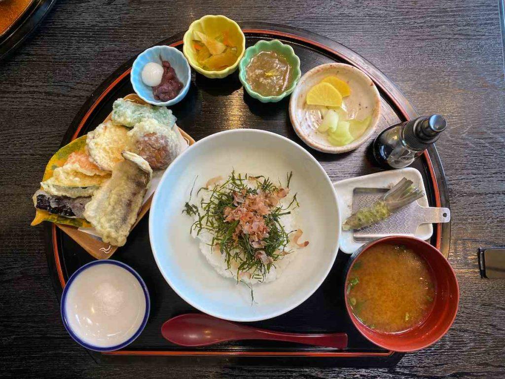 「わさび丼定食」(1,540円)