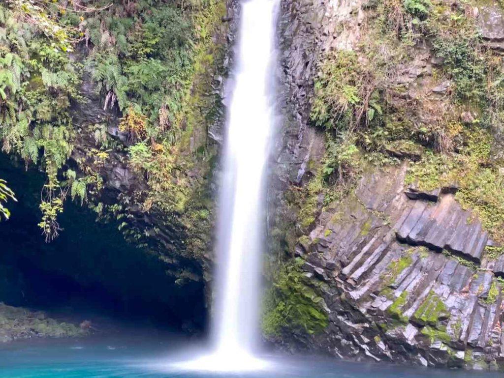 浄蓮の滝 アップ